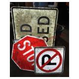 4 road signs (see pics)
