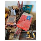 Group of tools: bolt cutters, tap & die, 18 pc