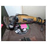 DeWalt offset grinder w/ new blades
