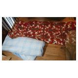 "Comforter(96""x88"") & Blanket(94""x72"")2 Baskets(17x"