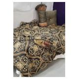 Queen size bed in a bag set