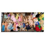Group of Barbies and other dolls
