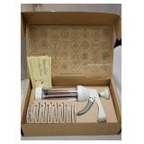 Pampered chef cookie press - new in box