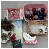 Box of vintage Christmas including large light