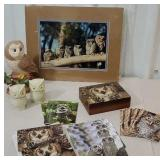 Box of owls including box of greeting cards,