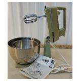 Retro GE avocado green mixer