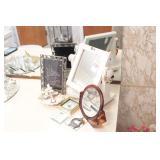 9pc Mirrors & Decorative Smalls