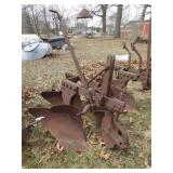 3pt 2 bottom plow/ w coulters