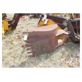 "Backhoe ditching bucket 28"" with 9 teeth"