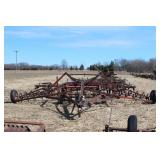 International 380U1111 Spring Tooth Harrow