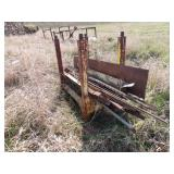 Steel rack with fence posts