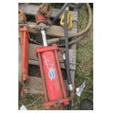 Cross hydraulic cylinder