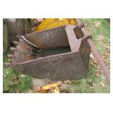 "Backhoe bucket 23"" with 5 teeth"