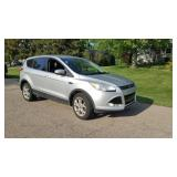 Ford AWD 2014 Escape - 1 Owner, 123k miles, New Tires, leather heated seats. Loaded