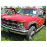 2000 Chevy 3500 4x4 - 1 Ton Pickup w/ Flat Bed