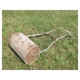 Hand driven lawn roller