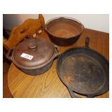 3 cast iron pans w/ 1 lid