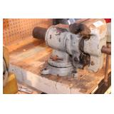 """Benchtop vise with 8"""" jaw"""
