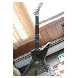Gibson Explorer guitar- 00761003 (best we can see)