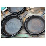 cast iron pans -4pcs