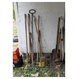 Garden rake, post digger, pick, axe 6pcs
