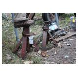Pair of jackstands