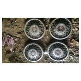 Cadilac Hubcaps - wired (4pcs)