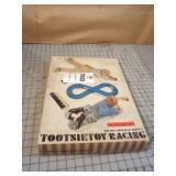 Tootsie Toy Battery Op Monza 8 Slot Car Racing Set