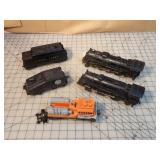 Lionel 5pcs - Steam engines, tender & cleaner