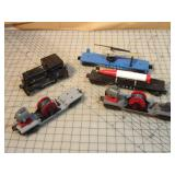 Lionel 7pcs - Diesel Switcher, helecopter & more
