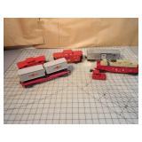 Lionel 5pcs - Caboose & freight cars