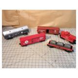 Lionel 5pcs - boxcars & caboose