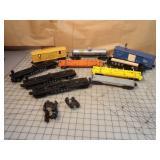 Lionel  10pcs - flatcars, tanker & boxcars