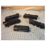 Lionel 5pcs - 4 locomotives & tender