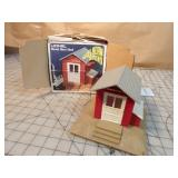 Lionel Diesel Horn Shed w/Box