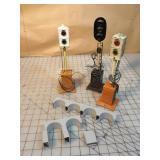 3pc Lionel Standard Ga Signal Lights/Train Control