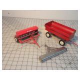 TruScale Grain Drill, Cultipacker & Wagon