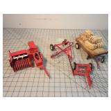 5pc TruScale IH Hay Implements