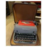 Remington Typewriter w/ Case and Manual