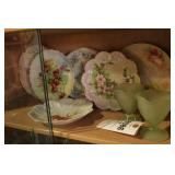 Decorative Plates & Green Frosted Cups - 8 Pc