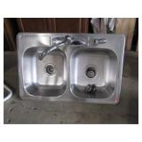Sliver Sink with Faucet