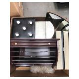 Box of storage boxes/letter file