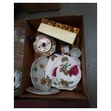 Box of miscellaneous tea sets and plates