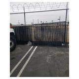 Metal fence  16 panels