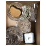 Box of glassware pieces, plates