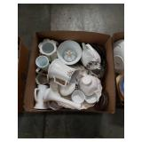Box of porcelain and glass miscellaneous