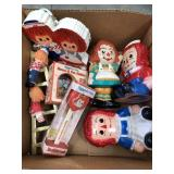 Box of raggedy Ann and Andy misc