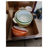 Box of glass mixing bowls