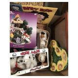 Box with water fountain, Betty boop, frames etc