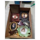 Box of miscellaneous porcelain pcs.etc